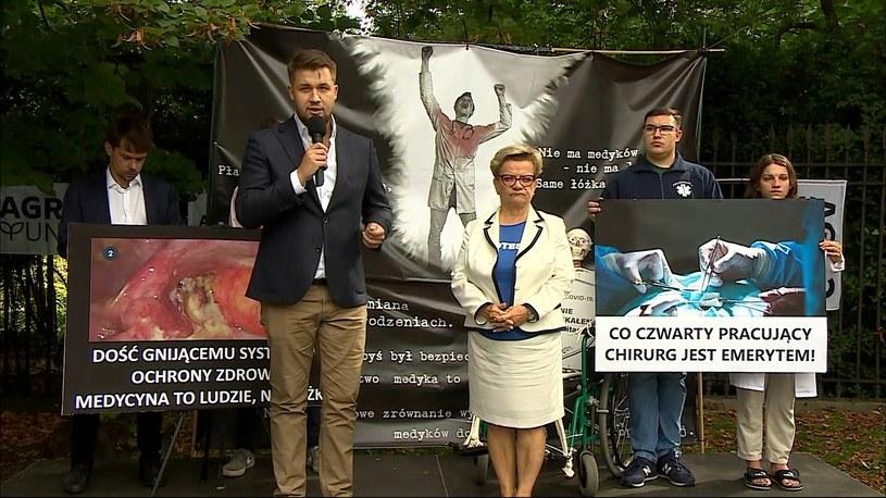 Protestujący domagają się spotkania z premierem /Polsat News