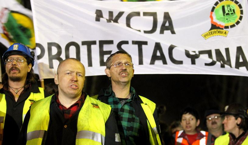 Protestujący górnicy /Andrzej Grygiel /PAP