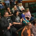 Protestujący rodzice niepełnosprawnych dzieci: Zostajemy w Sejmie