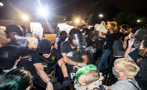 Protesty i zamieszki w USA. Amerykanie domagają się sprawiedliwości po śmierci George'a Floyda