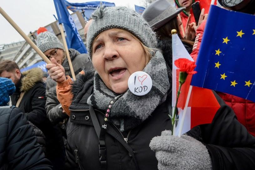 Protesty KOD pod Sejmem /Mariusz Gaczyński /East News