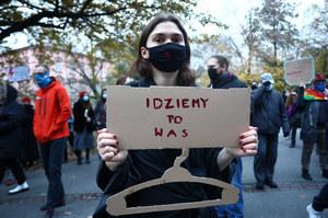 Protesty po orzeczeniu TK. Ulicami Krakowa przeszedł marsz studentów