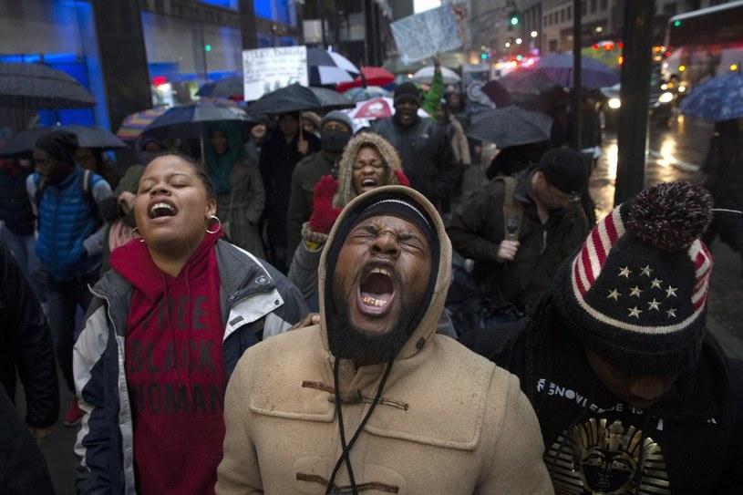Protesty po śmierci Erica Garnera /AP/FOTOLINK /East News