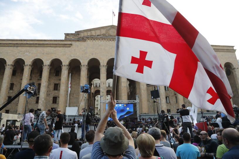 Protesty po śmierci gruzińskiego operatora /ZURAB KURTSIKIDZE /PAP/EPA