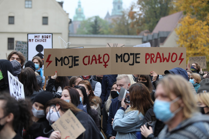 Protesty po wyroku TK w sprawie aborcji /Jan Graczyński /East News