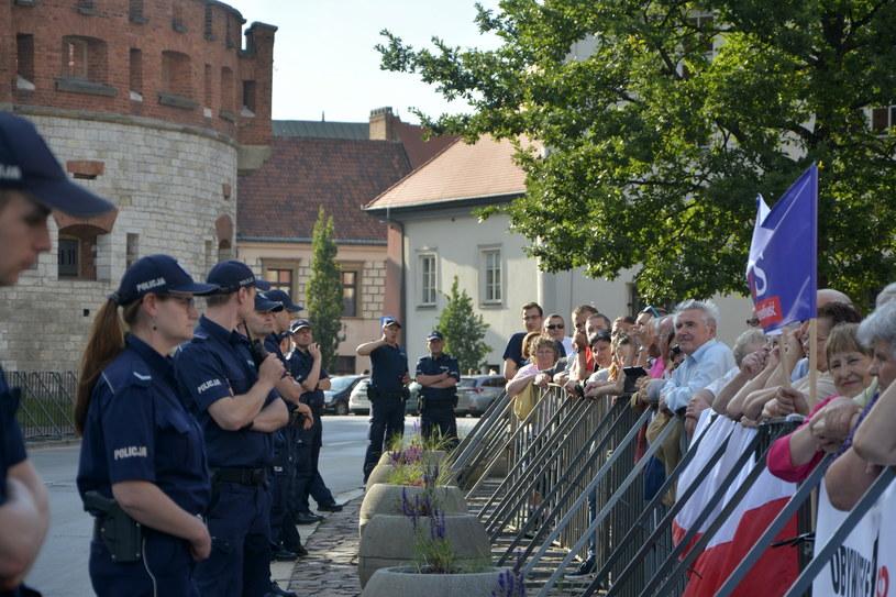 Protesty pod Wawelem /Paweł Zechenter /PAP