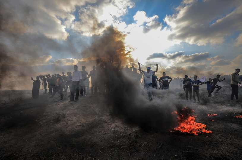 Protesty przy Strefie Gazy /PAP/EPA/MOHAMMED SABER /PAP