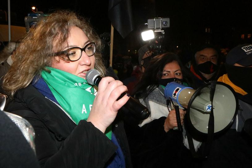 Protesty Strajku Kobiet po publikacji uzasadnienia wyroku TK w sprawie aborcji /Fot Tomasz Jastrzebowski /Reporter
