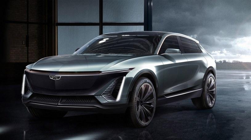 Prototyp elektrycznego SUVa Cadillaca z 2019 roku /
