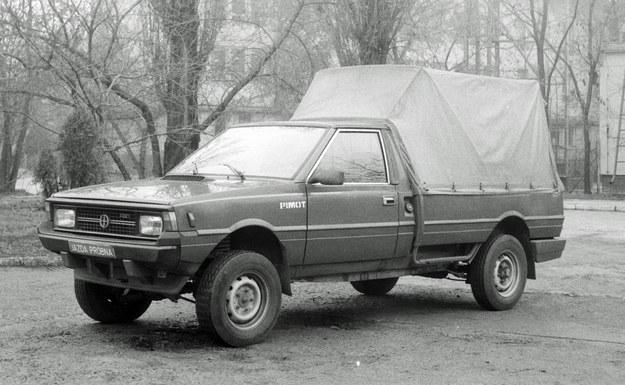 Prototyp Poloneza 4x4. Ten egzemplarz zachował się dodziś i obecnie jest rękach prywatnych. Zdjęcia z archiwum Przemysłowego Instytutu Motoryzacji /Archiwum autora