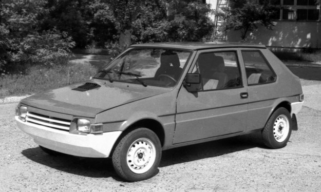 """Prototyp samochodu nazwanego roboczo """"1,2"""", zbudowany w Przemysłowym Instytucie Motoryzacji w Warszawie /Archiwum Tomasza Szczerbickiego"""