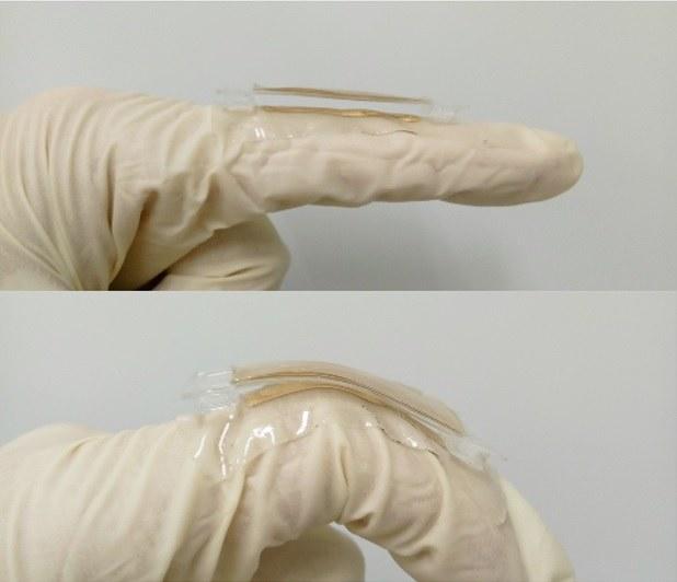 Prototyp tryboelektrycznego nanogeneratora /Nano Energy /Materiały prasowe