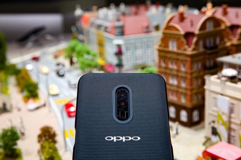 Prototypowy model Oppo z zoomem zaprezentowany na MWC 2019 /materiały prasowe