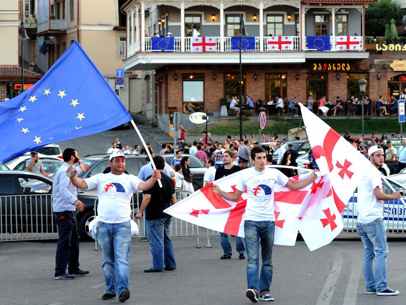 Prounijna demonstracja w Tbilisi /AFP