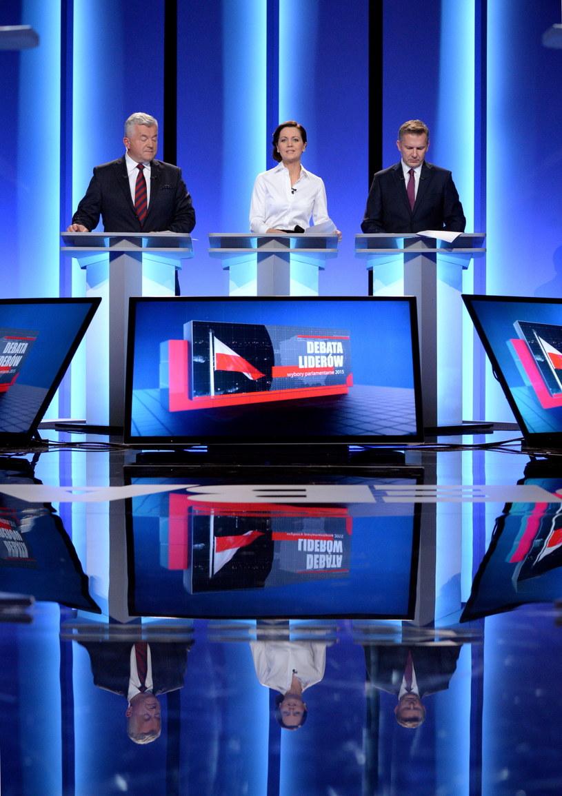 Prowadzący debatę /Jacek Turczyk /PAP