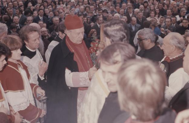 Prymas Polski kardynał Stefan Wyszyński. Zdjęcie z 1976 roku /Z archiwum Narodowego Archiwum Cyfrowego