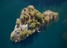 Prywatna wyspa na fiordach wystawiona na sprzedaż