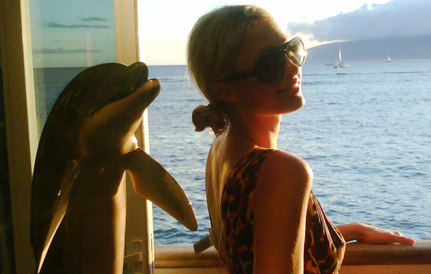 Prywatne zdjęcie Paris z wakacji na wyspie Maui  /Splashnews