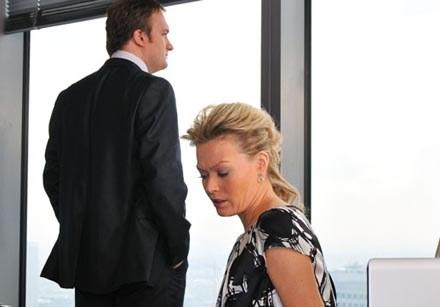 Prywatnie para, także w serialu wylądują w łóżku /TVN