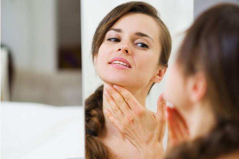 Przebarwienia skóry to problem coraz młodszych kobiet /123RF/PICSEL