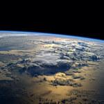 Przebiegunowanie Ziemi nie tak szybko?