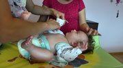 Przebieranie noworodka