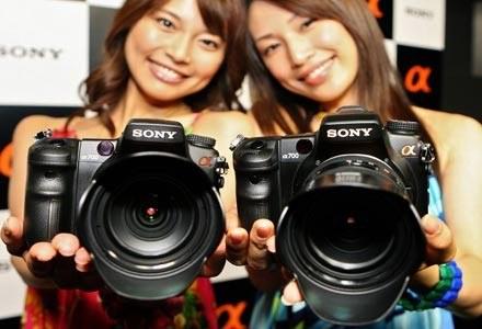 Przebojem na rynek wdarła się firma Sony. Na zdjęciu Alfa 700 /AFP