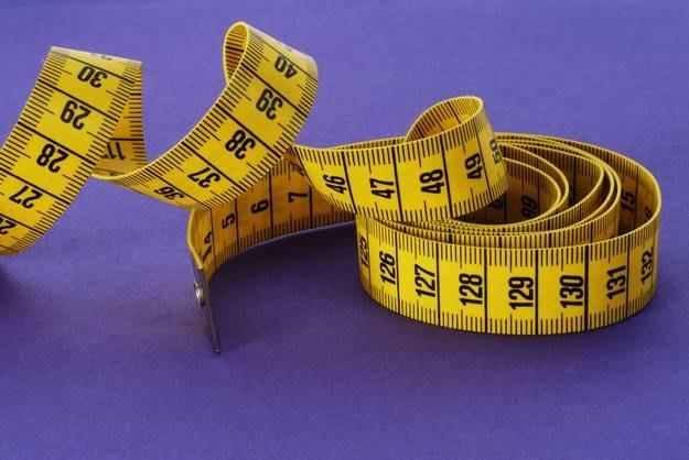 Przeciętna długość penisa w stanie pobudzenia to 13,12 cm /Martina Kalaba /DPA  /PAP/EPA