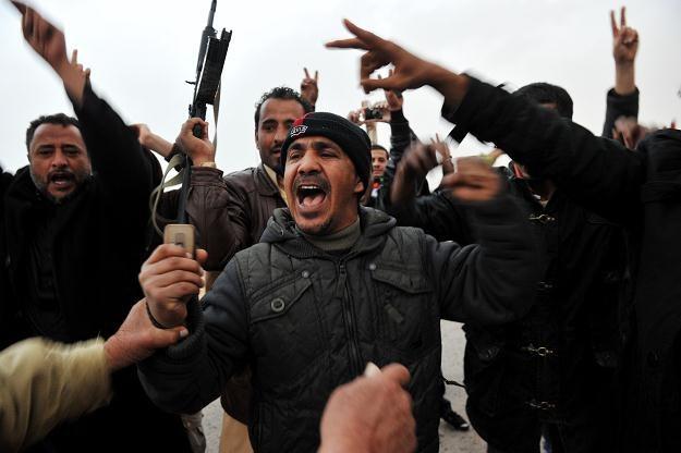 Przeciwnicy reżimu Muammara Kadafiego /AFP