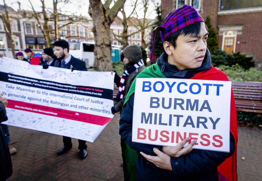 Przeciwnik Suu Kyi /Sem van der Wal /PAP/EPA