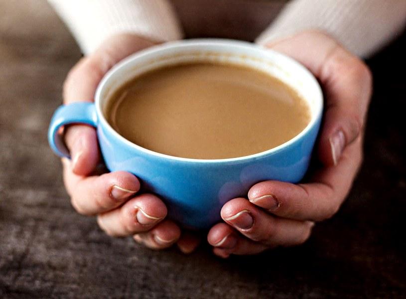 Przed badaniem nie wolno pić kawy /123RF/PICSEL