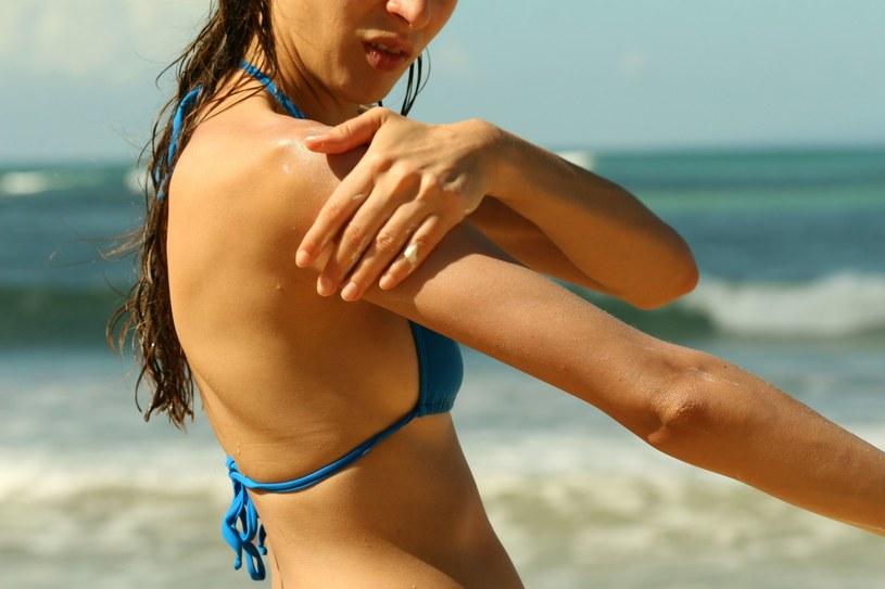 Przed opalaniem sięgaj po kosmetyki z probiotykami /123RF/PICSEL