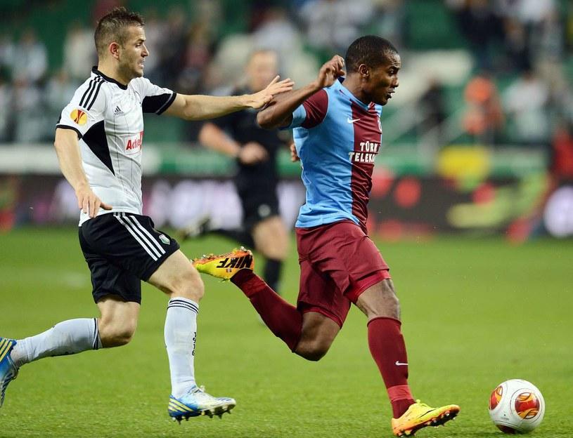 Przed rokiem Legia nie poradziła sobie z Trabzonsporem /AFP