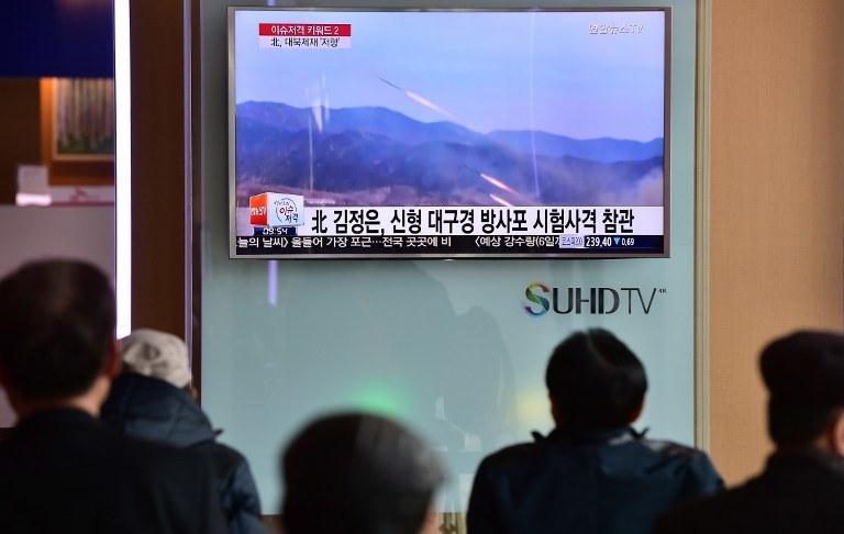 """Przed tygodniem Korea Płn. zagroziła USA i Korei Płd. """"fizyczną odpowiedzią"""" na kroki ku rozmieszeniu na Półwyspie Koreańskim zaawansowanego amerykańskiego systemu obrony przeciwrakietowej THAAD /JUNG YEON-JE / AFP /AFP"""