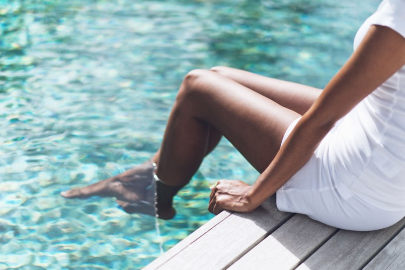 Przed wizytą na basenie zdobądź wiedzę na temat infekcji intymnych /123RF/PICSEL