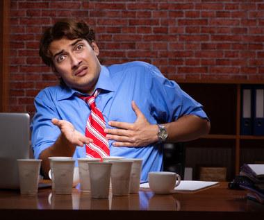 Przedawkowanie kofeiny: Jak się objawia, czym grozi?