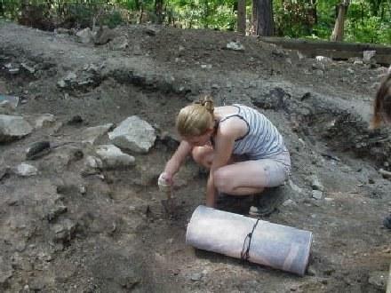 Przedmioty pochodzą z różnych stanowisk archeologicznych na terenie Lubelszczyzny /RMF