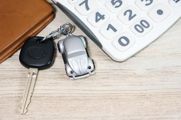 Przedsiębiorcy kupuja samochody na kredyt /©123RF/PICSEL