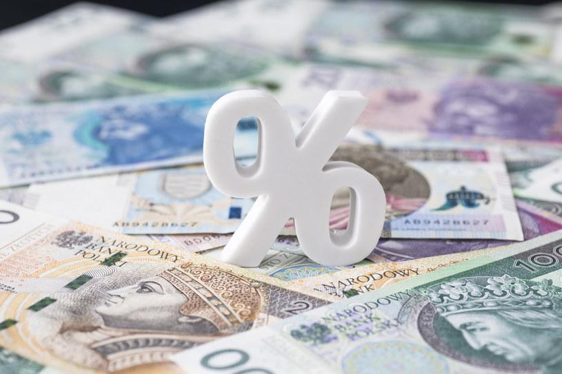 Przedsiębiorcy najbardziej liczą na ulgi w spłacie lub umorzenie należności składek ZUS i należności z  tytułu VAT. /East News