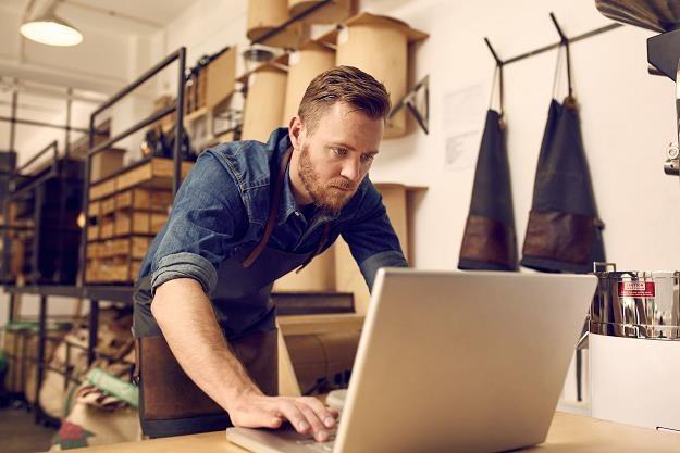 Przedsiębiorcy narzekają na wysokie podatki i składki ZUS /©123RF/PICSEL