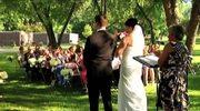 Przedsiębiorcy pogrzebowi wzięli ślub na... cmentarzu