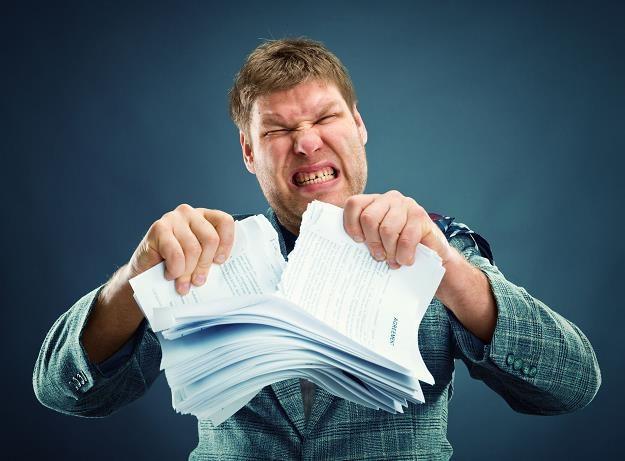 Przedsiębiorcy poświęcają 271 godzin rocznie na rozliczenia z fiskusem /©123RF/PICSEL