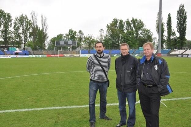 Przedstawiciele FC Magdeburg na stadionie Hutnika /Informacja prasowa
