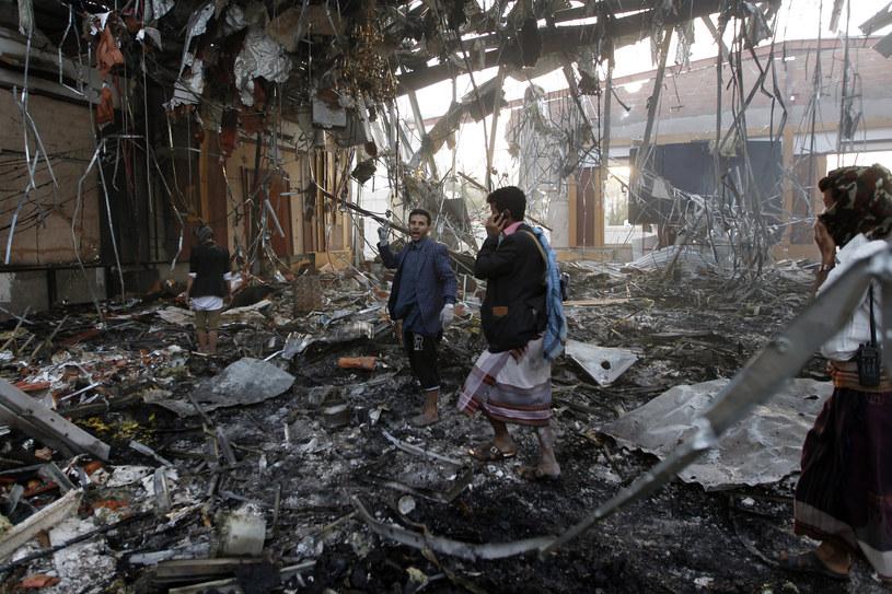 Przedwczoraj w wyniku nalotu w Sanie zginęło co najmniej 140 osób, a ponad pół tysiąca zostało rannych /MOHAMMED HUWAIS /AFP