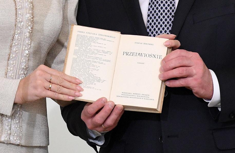 Przedwiośnie I Antologia Niepodległości Lekturami