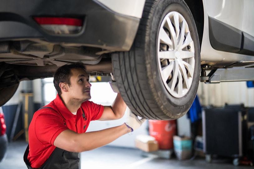 Przegląd techniczny samochodu będzie prowadzony na nowych zasadach /123RF/PICSEL