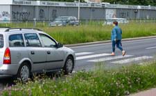 Przejścia dla pieszych czeka rewolucja? Do premiera trafił nowy wniosek