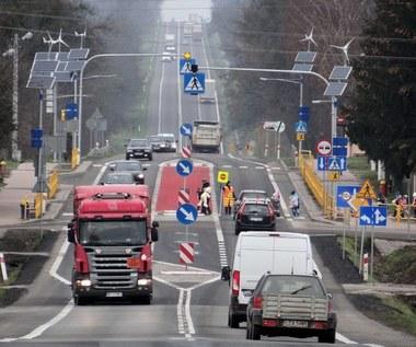 Przejścia dla pieszych w Polsce. Druzgocący raport!