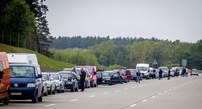 Przejście graniczne w Korczowej, 1 maja 2020 r. /Kamil Krukiewicz /Reporter