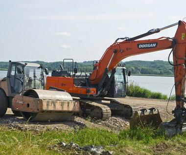 Przekop Mierzei - w lipcu ma się rozpocząć przebudowa toru wodnego na rzece Elbląg